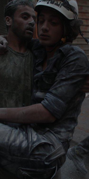 Injured volunteer in Aleppo