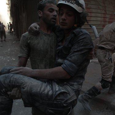 إصابة متطوع في حلب